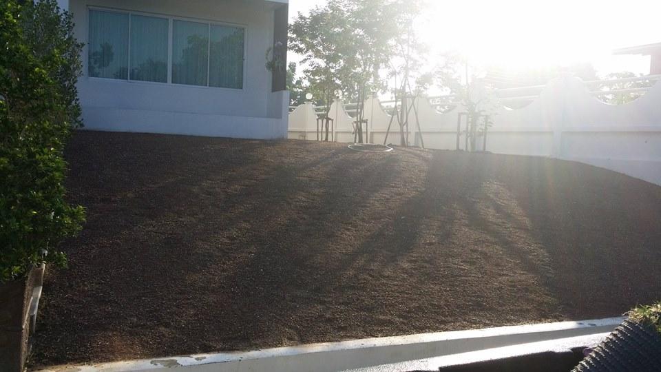ผลงานก่อนติดตั้งหญ้าเทียม