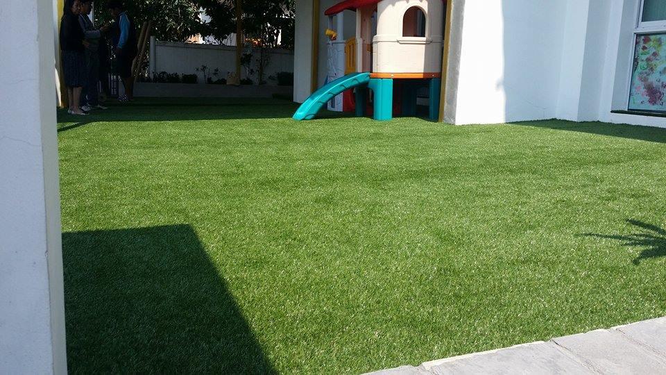 ผลงานหลังติดตั้งหญ้าเทียม