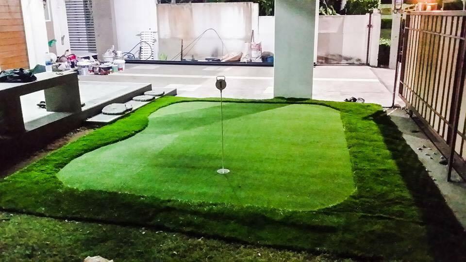 หญ้าเทียมสนามพัตกอล์ฟ